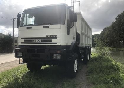 C002 Iveco Euro Trakker Tipper