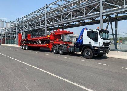 C004 Iveco Trakker 380 Crane