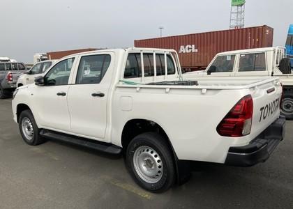 Toyota Hilux 3.0D D/C Medium