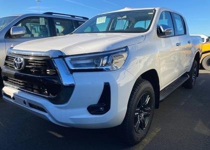 Toyota Hilux 2.8TD D/C High Grade AT