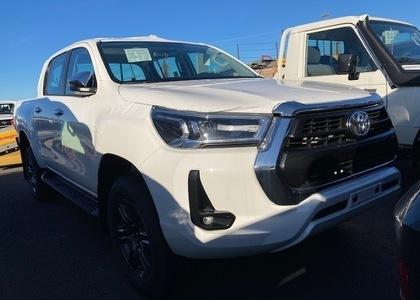Toyota Hilux 2.8TD D/C High Grade BVA