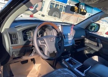 Toyota Land Cruiser 200 4.5TD V8 GX-R