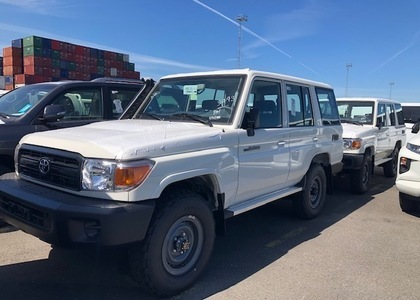 Toyota Land Cruiser HZJ 76 4.2D
