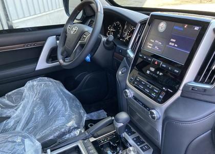 Toyota Land Cruiser 200 4.5TD V8 VX Blindé B6